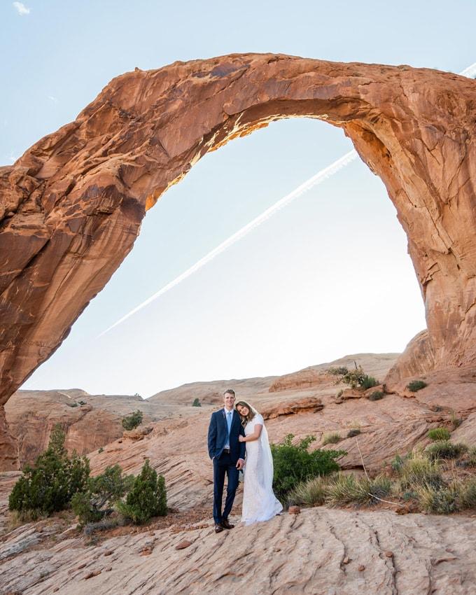 wedding photography at moab utah arches